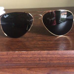 Ray-Ban gold frame aviator glasses